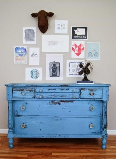 Annie Sloan Chalk Paint blue bureau