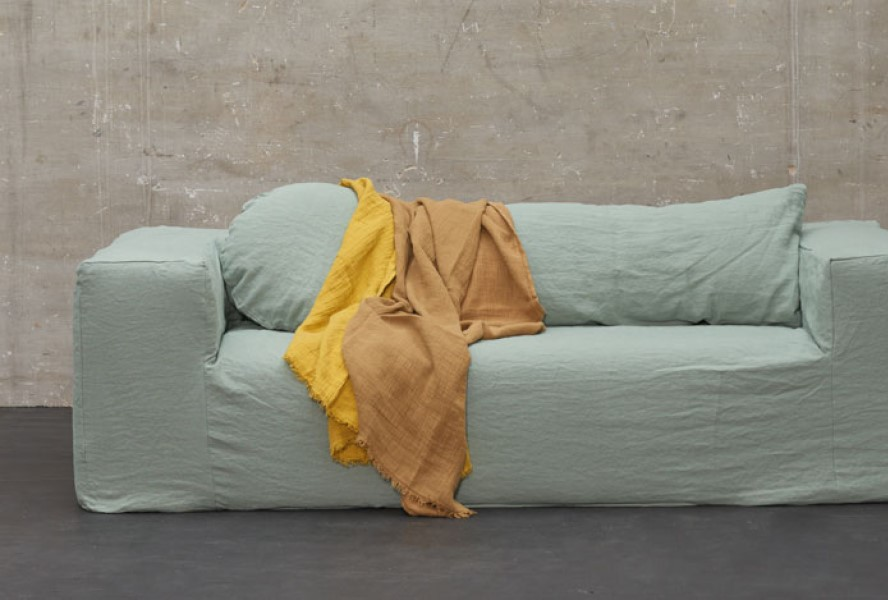 bed and philosophy sofa 2