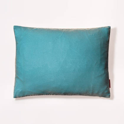 Cushion Silk Velvet Seaspray 30x40cm